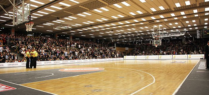 Kuhberghalle-700