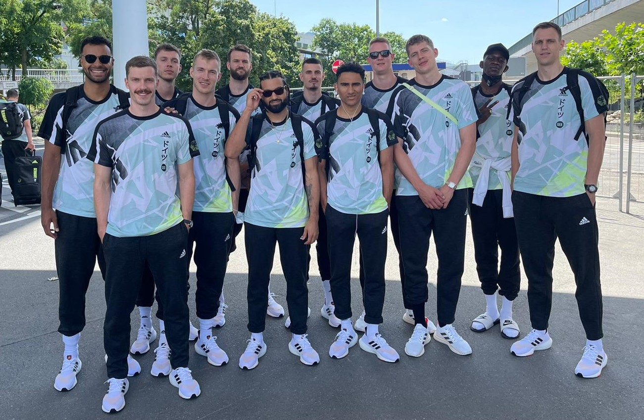 OlympiaAbflugTeam - DEUTSCHES BASKETBALL-TEAM GUT ANGEKOMMEN